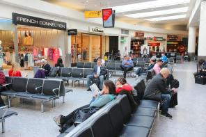 depositphotos_90132822-stock-photo-airport-waiting-room
